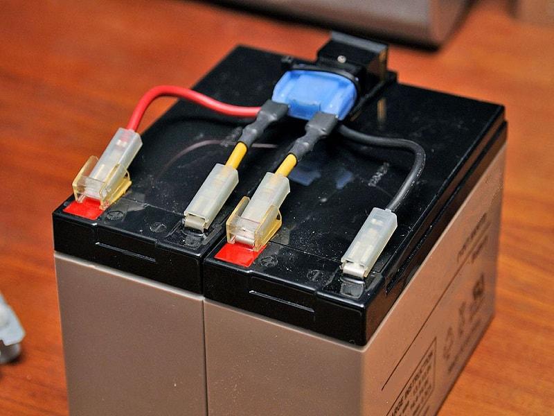آزمایش باتری یوپیاس