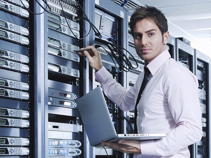 خرید یو پی اس برای تجهیزات شبکه